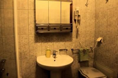 Baño - Acceso al secador de pelo